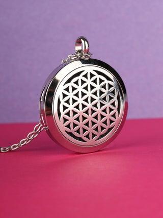 Aroma Pendant Mandala silver