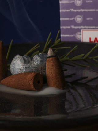 Satya Lavender Backflow Cones 24pcs