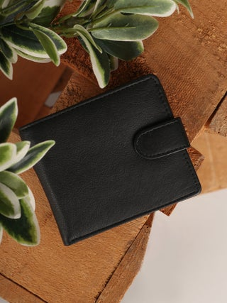 Trade Aid Dome Leather Wallet